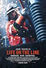 Постер к фильму «Жизнь на грани»