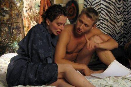 posmotrel-porno-film-lichnaya-zhizn