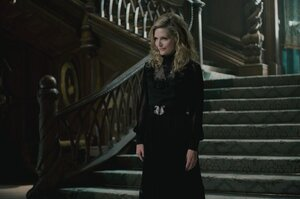 кадры и фото из фильма Мрачные тени