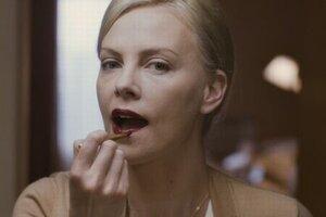 кадры и фото из фильма Бедная богатая девочка