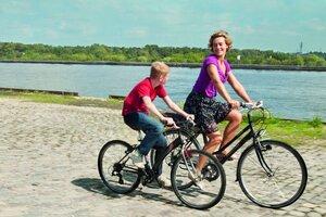 кадры и фото из фильма Мальчик с велосипедом