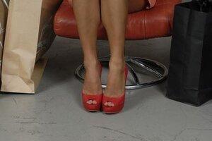 кадры и фото из фильма Боже, храни мой каблук