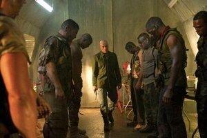 кадры и фото из фильма Универсальный солдат 4