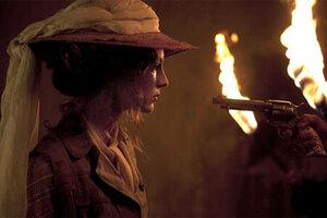 кадры и фото из фильма Необычайные приключения Адель