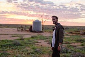 кадры и фото из фильма Чужая страна
