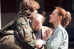 кадры и фото из фильма Воин.com