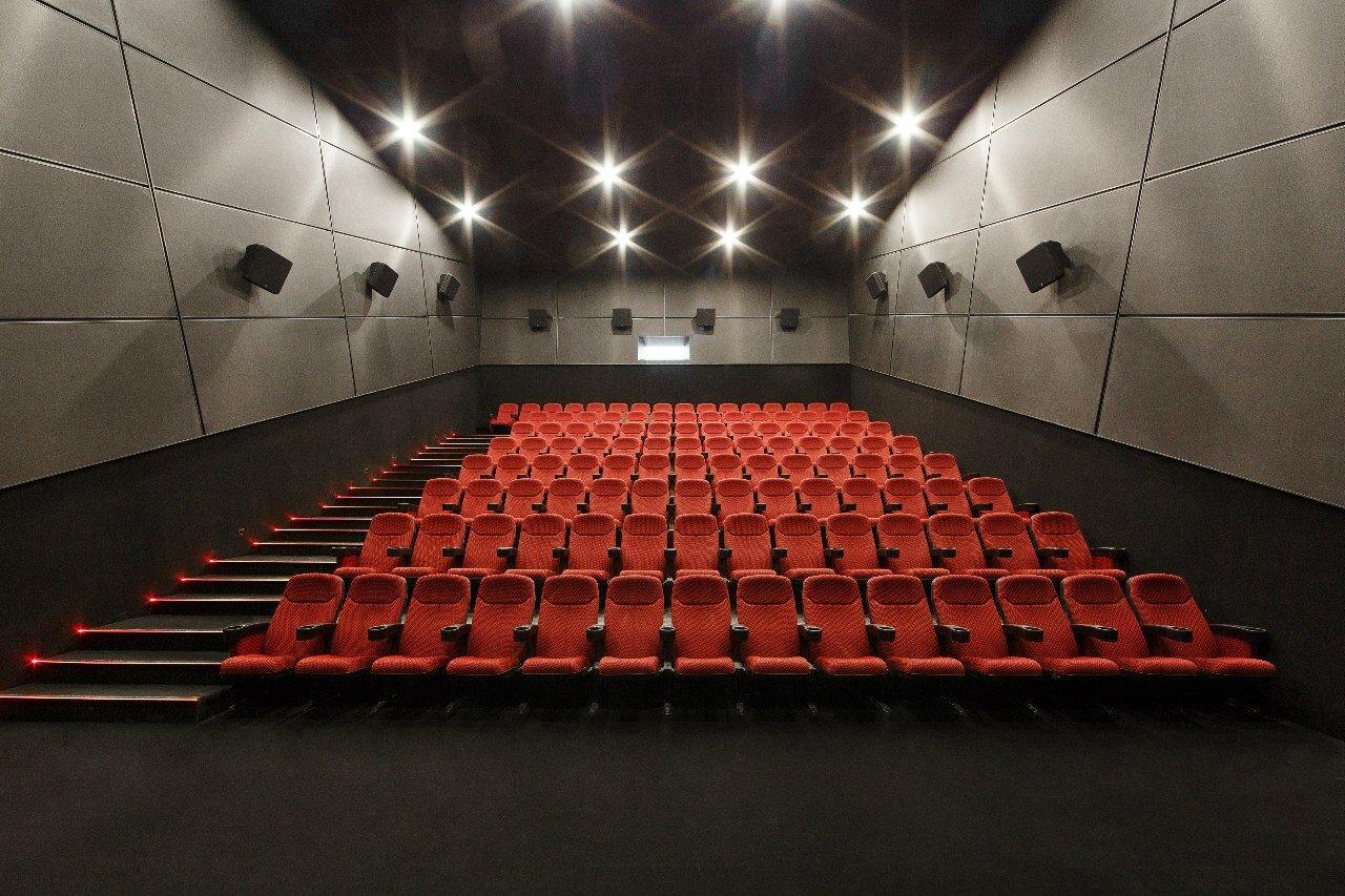 Заказать билет в кино в королеве театр на таганке афиша на апрель 2015