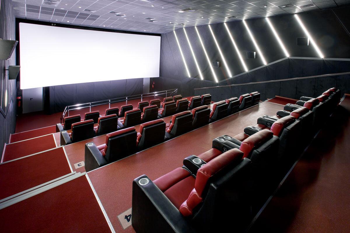 Магия кино казань цены и билет театр манекен челябинск купить билеты официальный сайт