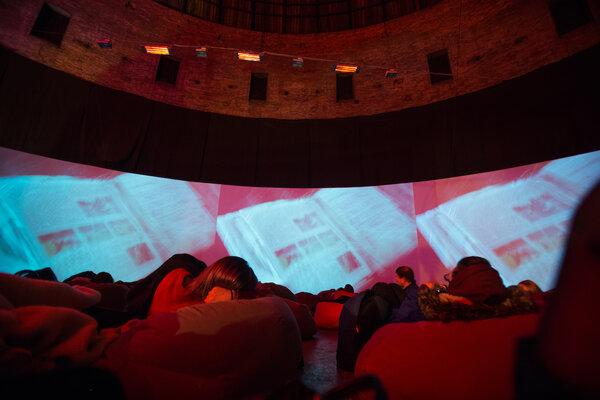 фотография киноклуба Ночной клуб любителей Кино «Люмьер-холл» ─