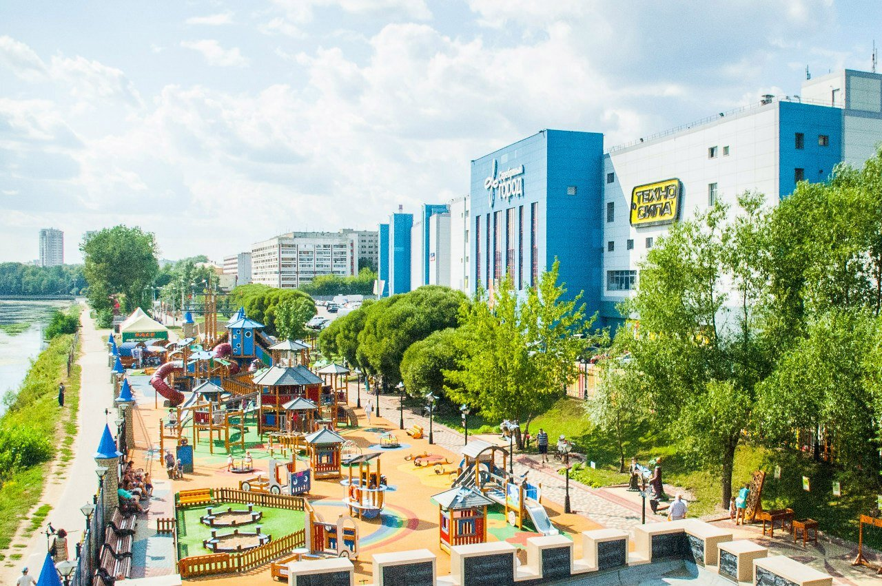 ТРЦ «Серебряный город» - это крупный современный торгово-развлекательный  центр в Иваново площадью более 107 тысяч квадратных метров. 1cc1680d501
