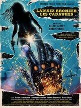 Постер к фильму «Пусть трупы позагорают»