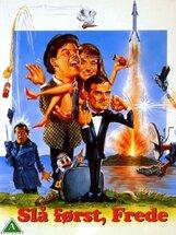 Постер к фильму «Бей первым, Фредди»