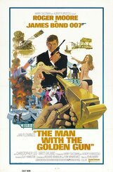 Постер к фильму «Человек с золотым пистолетом»