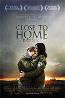 Постер к фильму «Недалеко от дома»