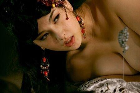 Китайская эротическая комедия — photo 9
