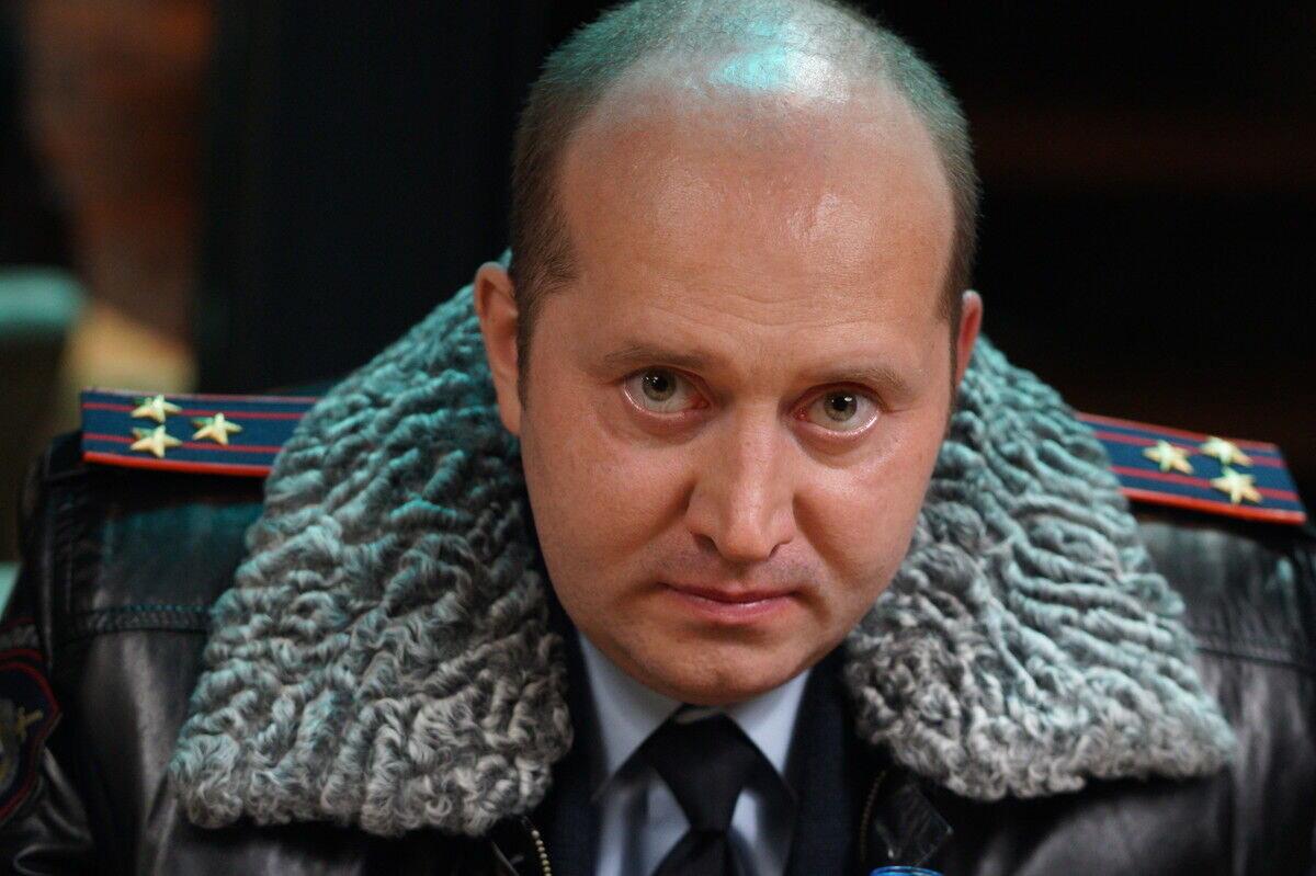 Полицейский с Рублёвки. Новогодний беспредел, смотреть онлайн