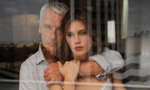смотреть фильмы онлайн порно старух с молоденькими