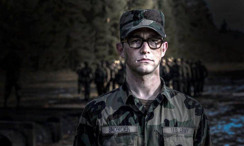 «Сноуден»: Рецензия Киноафиши