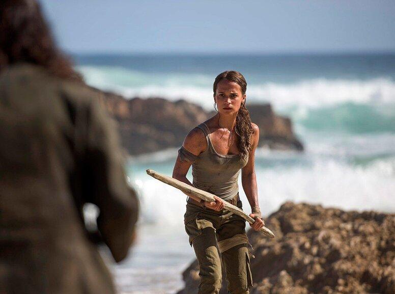 «Tomb Raider: Лара Крофт»: Рецензия Киноафиши