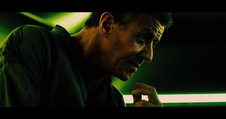 «План побега 2»: Рецензия Киноафиши