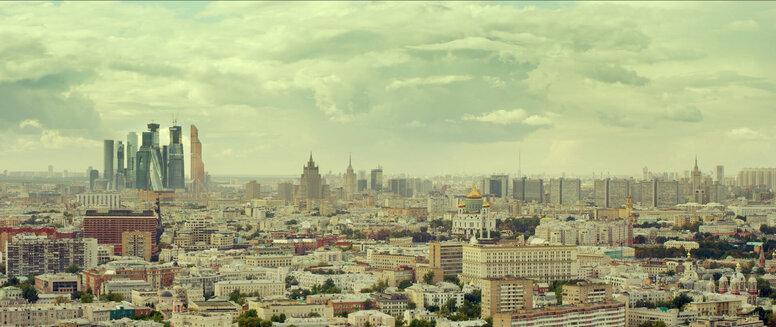 «Москва, я терплю тебя»: Рецензия Киноафиши