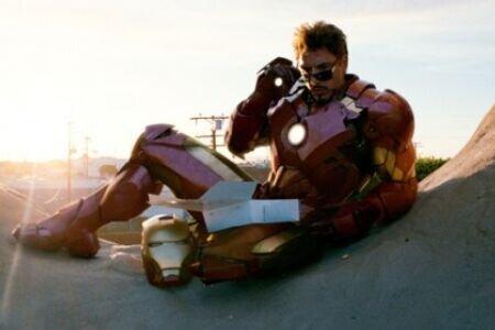 «Железный человек 2»: Рецензия Киноафиши