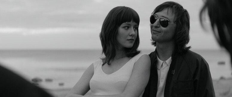 «Лето»: Рецензия Киноафиши