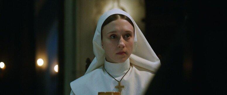 «Проклятие монахини»: Рецензия Киноафиши