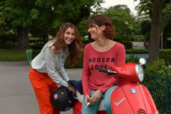 кадры и фото из фильма Красотки в Париже