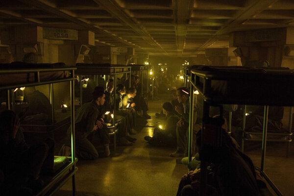 кадры и фото из фильма Голодные игры: Сойка-пересмешница. Часть I