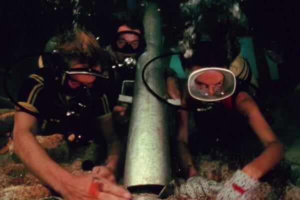 кадры и фото из фильма Бездна