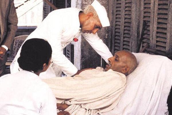 кадры и фото из фильма Ганди
