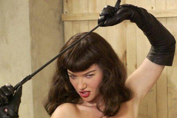 кадры и фото из фильма Непристойная Бетти Пейдж