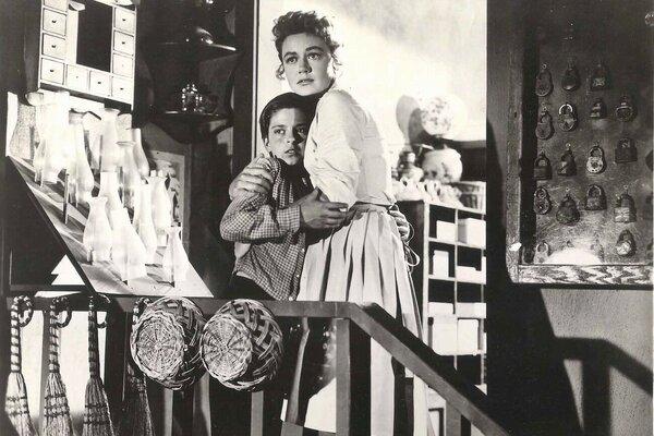 кадры и фото из фильма Под дулом пистолета