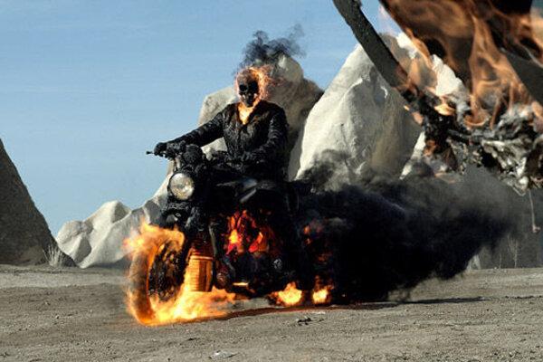 кадры и фото из фильма Призрачный гонщик 2