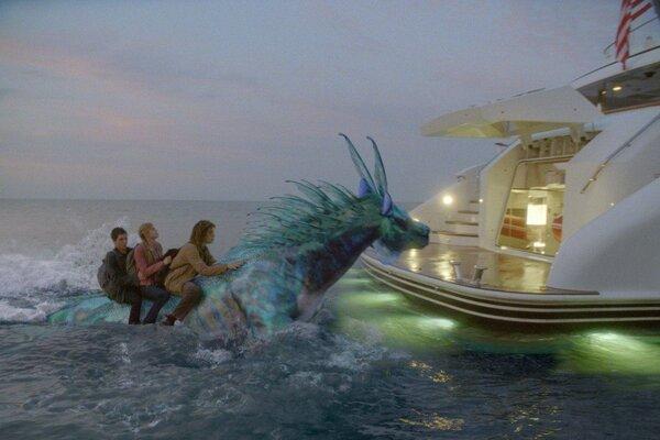 кадры и фото из фильма Перси Джексон и море чудовищ 3D