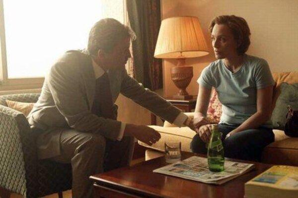 кадры и фото из фильма Эскорт для дам