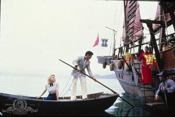 кадры и фото из фильма Шанхайский сюрприз