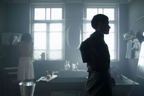 кадры и фото из фильма Чужой дом
