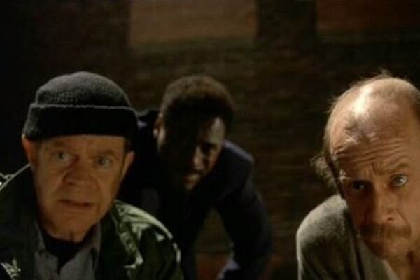 кадры и фото из фильма Добро пожаловать в Коллинвуд