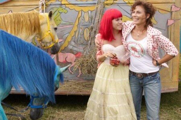 кадры и фото из фильма Медовый месяц Камиллы