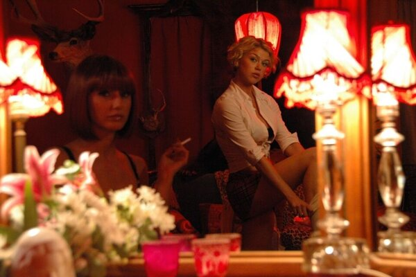 кадры и фото из фильма Женщины в беде