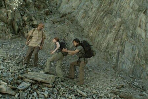 кадры и фото из фильма Самая одинокая планета
