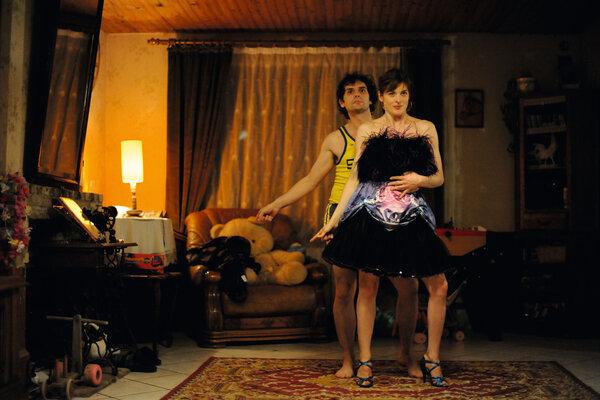кадры и фото из фильма Твоя рука в моей руке