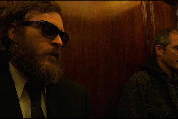 кадры и фото из фильма Я все еще здесь: Потерянный год Хоакина Феникса