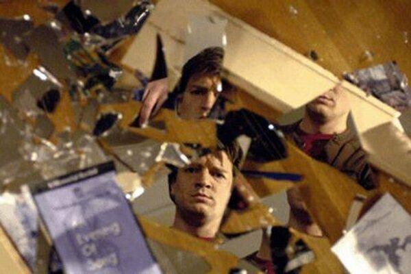 кадры и фото из фильма Белый шум 2: Сияние