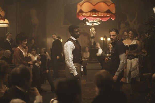 кадры и фото из фильма Шоколад