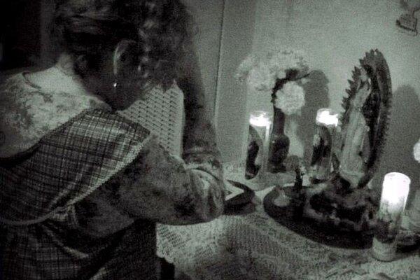 кадры и фото из фильма Паранормальное явление: Метка дьявола