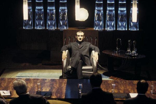 кадры и фото из фильма Смокинг