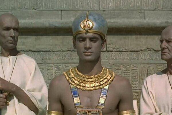 кадры и фото из фильма Фараон